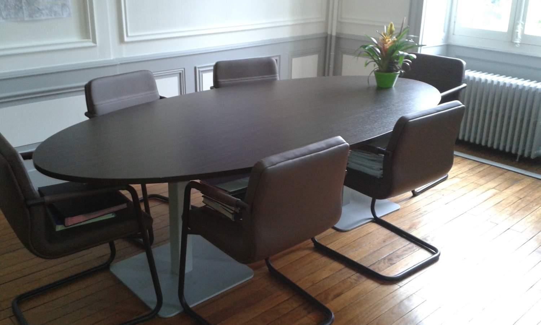 le bureau begles restaurant au bureau begles maison design le bureau information seniors bis b. Black Bedroom Furniture Sets. Home Design Ideas